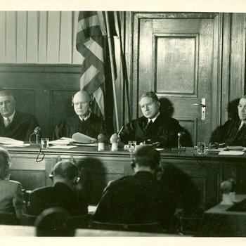 Photo 1918 - Tribunal Case 2