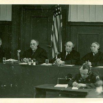Photo 1921 - Tribunal in Case 3