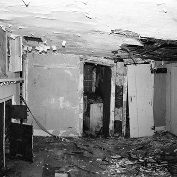 Akin House 056: Kitchen