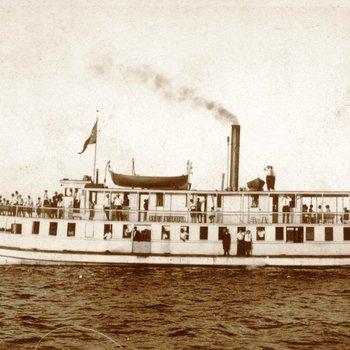 Steamboat - Commanche