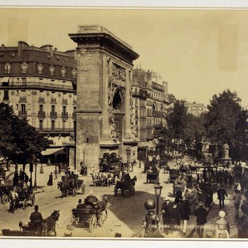 Photograph of Paris