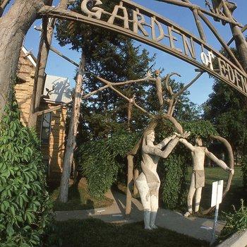Samuel P. Dinsmoor: The Garden of Eden