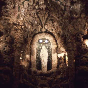 Father Paul Dobberstein: The Shrine of the Grotto of Redemption Image 3