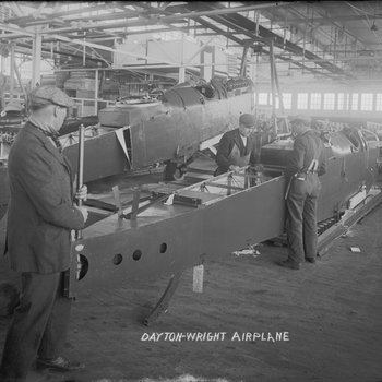 De Havilland DH-4 being dismantled, packaged, and prepared for shipment from the Dayton-Wright Airplane Company