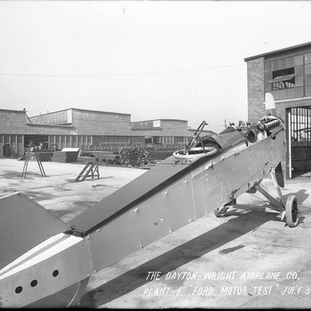 Test of a Liberty Engine made by Ford Motor Company in a De Havilland DH-4 at the Dayton-Wright Airplane Company Plant 1 July 3, 1918
