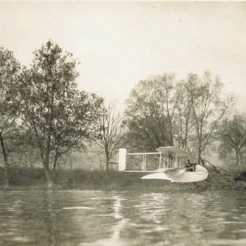Profile view of Wright Model G Aeroboat in flight